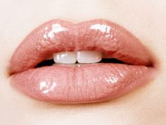 Want those perfect lips? This article will show you a few tips and tricks to get the perfect pout. With ideas on how to prep for lipstick and how to find the perfect pink shade to go with these newly primped lips of yours.  Not only that, find out how to battle chapped lips! Perfect for any lip know how, this article is a must read.