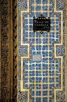 la casa de los Azulejos, Mexico City, Mexico.  Photo: Sigfrid Lopez via Flickr.