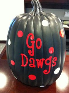 A great way to show your UGA pride and celebrate Halloween!