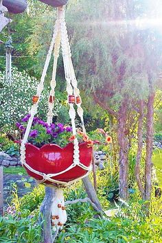 hanging basket made from an old tire #DIY
