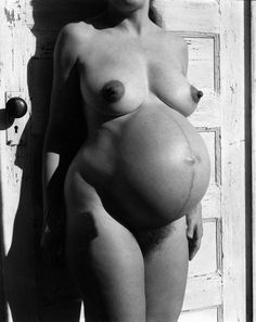 Pregnant Nude, 1959 Photographer: Imogen Cunningham