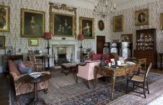 fetching English sitting room