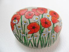 Poppy & daisy flowers- Hand painted paperweight rock painting - Beach pebble art. Wish I knew who painted this.