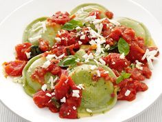 Spinach Ravioli With Tomato Sauce from FoodNetwork.com