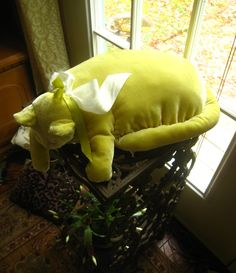 Lemon-Lime Velvet Cat Pillow (by Bell Studios)