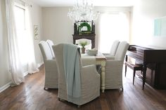dining room decor & neutral paint color