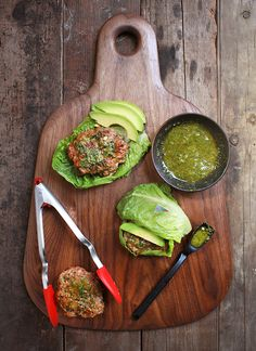 Chicken Burger Lettuce Wraps with Pesto | HelloNatural.co