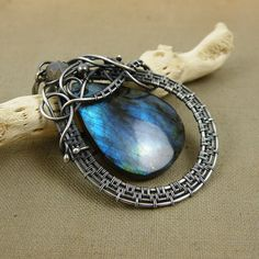 Labradorite pendnat , sterling wire wrap pendant , gemstone wire wrap jewelry , silver jewelry, blue flash labradorite