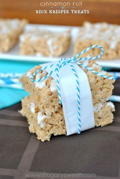 Cinnamon Roll Rice Krispie Treats: kick your treats up a notch with some delicious cinnamon roll flavor!!!