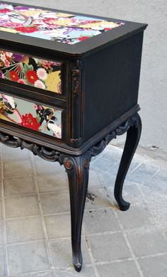 The Tapicera: sideboard