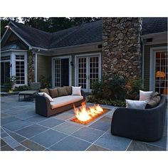 Love the fire pit!