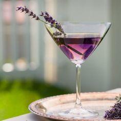 ❥ Lavender Martini signature drinks, lavend martini, lavender martini