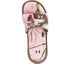 Step into comfort with outdoor inspiration // Women's Under Armour Ignite Sandals