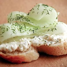 """Creamy Dill Cucumber Toasties 
