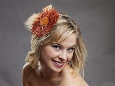 Wynne Rafia Flower Fascinator is perfect for a fall wedding | Green Bride Guide