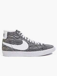 Nike Men's Grey Blazer Mid PRM VNTG TXT QS Sneakers