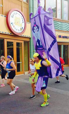 The best costume spotted at Disneyland's 10k race today. #kronk #theemperorsnewgrove
