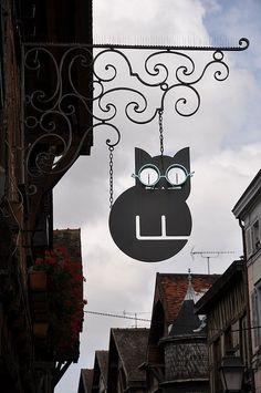 kitty sign