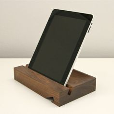 handsome, handcarved walnut stand is made to cradle your iPad at both 62 and 28 degree angles for hands-free adoration regardless of your position