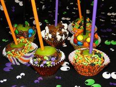 halloween desserts, halloween parties, halloween party treats, apple bites, halloween treats, chocol appl, appl bite, mini caramel apples, kid