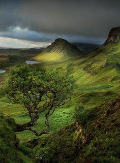 Isle of Sky, Trotternish Ridge, Scotland. Photo by G. Scharf