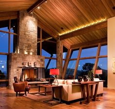 Mountain homes on pinterest mountain homes contemporary - Penthouse peakmichael gallagher and new mood design ...