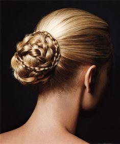 real simpl, dramatic makeup, princess hair, long hair, hairstyle ideas, braids, makeup looks, braid hair, multibraid bun