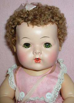 Effanbee F Mold 3 Dy-Dee DYDEE Baby Doll in Display Box