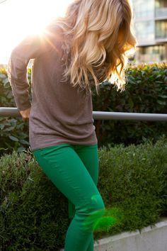green jeans + leopard scarf