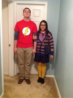 One of the best costumes I've seen, shamy, big bang theory, sheldon and Amy.  Thinking Chad and I would be awesome as this next Halloween :)