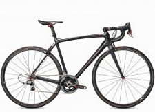 Trek unveils superlight road frame and bike, the Émonda