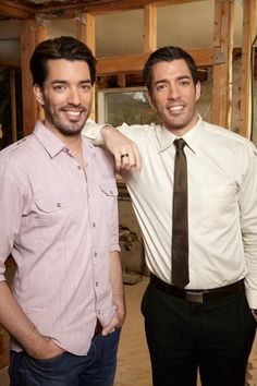 Who's excited to see Drew & Jonathan on the premiere of Buying & Selling with The Property Brothers tonight at 8pm E/P?