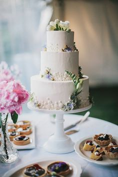 floral accent, cake flower, sweet, modern wedding cakes, wedding ideas