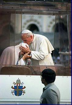 Mother Teresa & John Paul II ♥