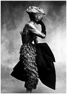 Cristóbal Balenciaga, 1950, photographed by Irving Penn for Vogue. Model: Lisa Fonssagrives. model, 1950s, white fashion, lisa fonssagr, dress, black white, irving penn, irv penn, cristóbal balenciaga