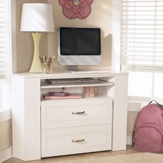 Desk that JoAnna wants for her room
