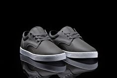 The new Supra Carver low top