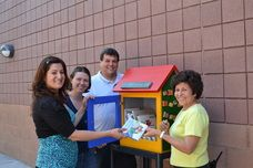Web Site about creating 'Little Free Libraries' in neighborhoods across the world!