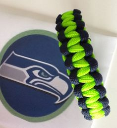 Seattle Seahawks paracord survival bracelet Super bowl bracelet for the seattle seahawks we have them ready made or get a kit to make your own at survivalbraceletkits.com