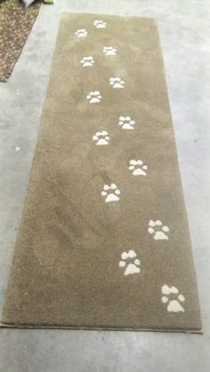 #pawprints Great #rug for a dog lover!