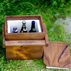 Wooden Cooler via Etsy - so cute!