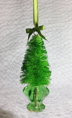 how to: colored bottle brush trees from sisal rope