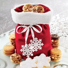 Put this on your holiday wishlist: Mrs. Fields Santa Bag filled with deliciousness.
