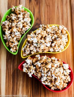 Sweet and Salty Caramel Furikake Popcorn © Jeanette's Healthy Living #giveaway #healthy #snack #glutenfree #popcorn #Halloween @yumieco