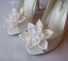 Bridal Flower Shoe Clips,Wedding Shoe Clips,Fashion Accessories,Shoe Accessories
