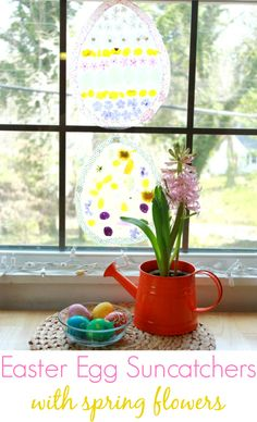 An easy and beautiful Easter egg suncatcher for kids to make with spring flowers! Have you tried nature suncatchers with contact paper yet?