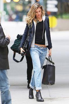 Gisele Bundchen loose fitting jeans and blazer