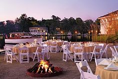 Tides Inn, Irvington, Virginia - perfect place to consider for a wedding and reception! #loveva