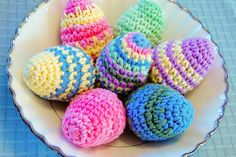Craft these eggs for a yarn-themed Easter Egg Hunt!  Tutorial and pattern by Petals to Picots.