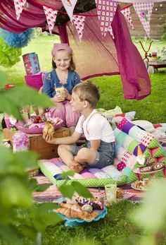 This is such a beautiful picnic party
